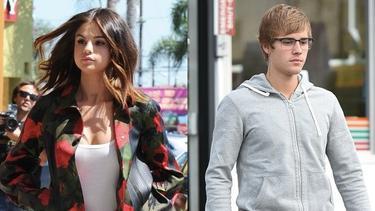 [Bintang] Justin Bieber - Selena Gomez