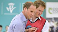 Sumber juga mengatakan bahwa menurut Pangeran William, pernyataan yang dikeluarkan Pangeran Harry adalah sebuah problema. (AFP/Bintang.com)