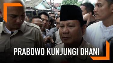 Setelah mengunjungi Ahmad Dhani di Rutan Medaeng, Prabowo menyebut pentolan Dewa 19 tersebut adalah korban dendam politik.