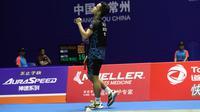 Tunggal putra Indonesia, Anthony Sinisuka Ginting, mengalahkan Lin Dan, pada babak pertama China Terbuka 2018, di Changzhou, Selasa (18/9/2018).  (PBSI)