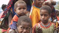Anak-anak di Distrik Mamit, Kabupaten Tolikara. (Liputan6.com/Katharina Janur)