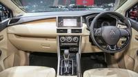 Interior Xpander Ultimate (Mitsubishi)