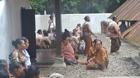 Ritual punggahan menjelang puasa atau Ramadan yang menjadi tradisi tiap tahun penganut Kejawen dan anak putu atau keturunan Kiai Banokeling, di Panembahan Banokeling, Banyumas. (Foto: Liputan6.com/Muhamad Ridlo)