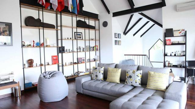 Ide Membuat Ruangan Keluarga Super Nyaman dengan Sofa