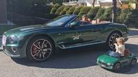 Bentley Continentals menjadi salah satu koleksi Robert Lewandowski.