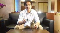 Kaesang membuat video review sepatu sneaker Jokowi. (Doc: YouTube)
