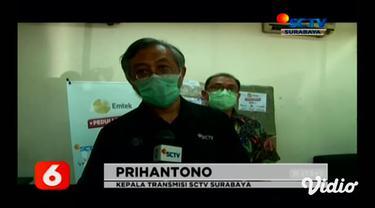 Emtek Group Peduli Corona melalui Yayasan Pundi Amal Peduli Kasih (YPP) SCTV Indosiar bersama Serbu Seru Bukalapak juga menyalurkan paket bantuan alat pelindung diri atau APD kepada Rumah Sakit Surabaya, Jawa Timur.