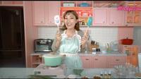 Menengok Desain Baru Dapur di Rumah Ayu Dewi, Serba Pink dan Pastel. foto: Youtube 'MrsAyuDewi'