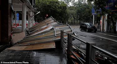 Topan Hato di Makau. (AP)