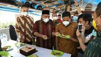Wagub Sumut menyambangi Warkop Jurnalis Medan dalam peringatan Hari Pers Nasional 2021