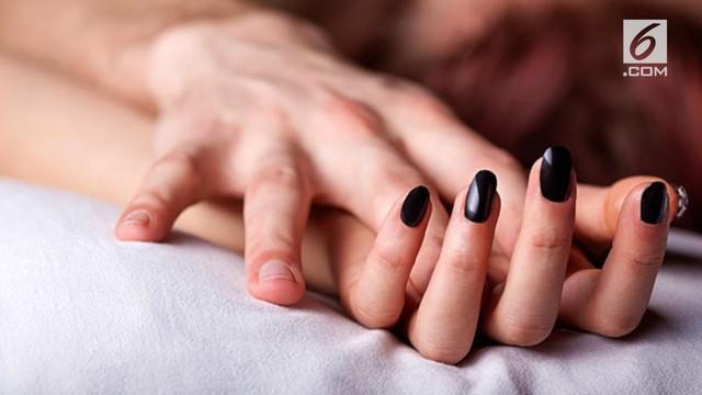 Rebecca Parker idap sindrom kecanduan seks. Ia bahkan tak puas berhubungan intim lima kali sehari.