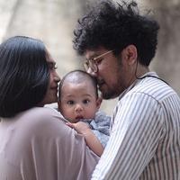 Kunto Aji dan Dewi Syariati. (Foto: instagram.com/peonyandherself)