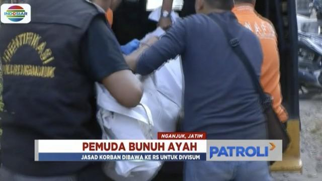 Seorang anak di Nganjuk, Jawa Timur, bunuh ayah kandung saat korban sedang tidur.