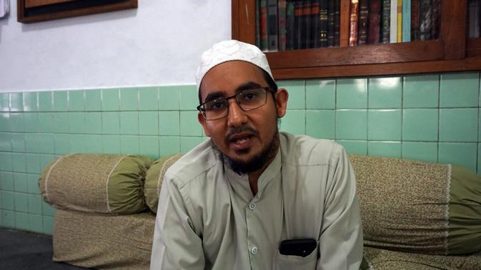 Habib Ali bin Hasan bin Anis bin Alwi bin Ali Habsyi, salah satu keturunan Habib Ali Al Habsyi di Solo.(Liputan6.com/Fajar Abrori)