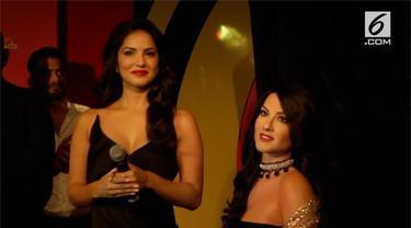 Mantan bintang porno, Sunny Leone, dibuatkan patung lilin oleh Museum Madame Tussauds. Patung ini sebagai wujud penerimaan masyarakat India pada dirinya.