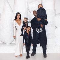 Kim Kardashian dan Kanye West ingin memiliki banyak anak. (Instagram/kimkardashian)