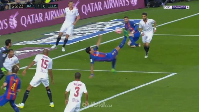 Berita video kerja sama Lionel Messi dan Luis Suarez menciptakan gol indah Barcelona ini. This video presented by BallBall.