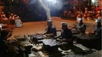 Gambelan Gambang khusus dimainkan saat upacara Dewa Yadnya di Desa Timbrah, Karangasem. (DIAH TRITINTYA/BALI EXPRESS)