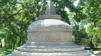 Replika stupa Borobudur di Ukraina itu dikerjakan oleh tiga ahli bangunan yang didatangkan dari Indonesia. (dok. KBRI Ukraina)