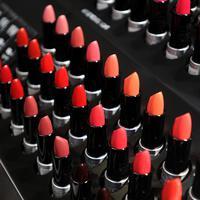 Ilustrasi lipstik. (Sumber foto: Daniel Kampua/Bintang.com)