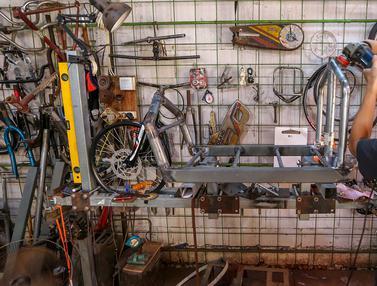 Mengintip Pembuatan Sepeda Cargo di Tengah Pandemi Covid-19