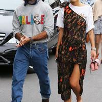 Pilih outfit yang buat penampilan effortlessly chic. (Photo: whowhatwear)