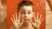 Ilustrasi anak dengan autisme. (Sumber Flickr)