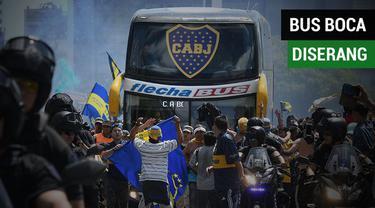 Berita video insiden bus tim Boca Juniors diserang oknum suporter yang mengakibatkan Final Leg II Copa Libertadores kontra River Plate ditunda.