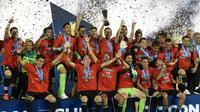 Meksiko menjuarai Piala Concacaf 2015 setelah menang 3-2 atas Amerika Serikat di Stadion Rose Bowl, Pasadena, Minggu (11/10/2015) pagi WIB. (AFP PHOTO / MARK RALSTON)