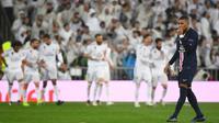 Padahal Mbappe sudah ingin pindah ke Real Madrid jauh sebelum Lionel Messi bergabung dengan PSG. Keberanian PSG untuk menolak pinangan Madrid merupakan langkah yang mengejutkan, karena kontrak Mbappe yang hanya tinggal satu musim di Paris. (Foto: AFP/Gabriel Bouys)