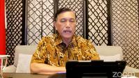 Menko Kemaritiman dan Investasi Luhut Binsar Pandjaitan saat konferensi pers evaluasi perpanjangan PPKM level.