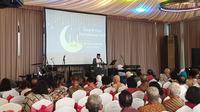 Calon Wakil Presiden Ma'ruf Amin membeberkan tentang khilafah di depan Purnawirawan ABRI di Jakarta. (Liputan6.com/Nanda Perdana Putra)