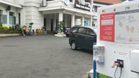 Pemerintah Kota Malang menghentikan kegiatan dinas berupa apel pagi di Balai Kota begitu ada kabar Wali Kota dan Sekda Kota Malang positif Covid-19 dan 15 ASN reaktif hasil rapid test (Liputan6.com/Zainul Arifin)