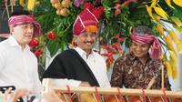 Menteri Pariwisata Arief Yahya meresmikan pameran Ulos, Hangoluan & Tondi di Museum Tekstil Jakarta. Pameran berlangsung 20 September hingga 7 Oktober 2018.