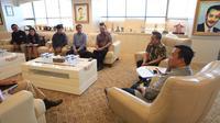 Direksi PT Liga Indonesia Baru bertemu dengan Menpora Imam Nahrawi di Kantor Kemenpora, Jakarta, Rabu (21/3/2018). (Dok. Kemenpora)
