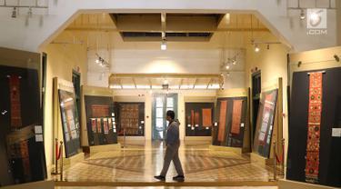 Kolektor Australia Pamerkan Kain Tradisional Indonesia di Museum Tekstil