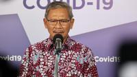 Juru Bicara Penanganan Covid-19 Achmad Yurianto memberikan orang-orang yang terinfeksi Virus Corona penyebab COVID-19 saat konferensi pers di Graha BNPB, Jakarta, Senin (4/5/2020). (Dok Badan Nasional Penanggulangan Bencana/BNPB)