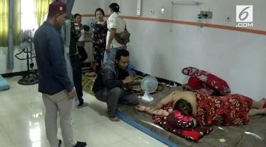 Tim dokter ahli rumah sakit Sanglah Bali melakukan operasi terhadap Titi Wati wanita penderitas Obesitas. Operasi akan dilakukan tim dengan memotong usus dan pengecilan pada lambung pasien