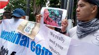 Pengungsi asal Afghanistan unjuk rasa di Medan. (Liputan6.com/Reza Efendi)
