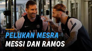 Salah satu momen yang ditunggu publik tiba, Messi memeluk mesra Sergio Ramos di gym.