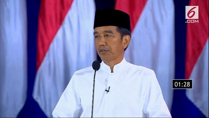 Calon Presiden nomor urut 01 Jokowi dalam Debat Kelima Pilpres 2019. (Liputan6.com)