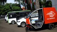 Selain mobil roda tiga, tim mobil listrik ITB juga telah menciptakan purwarupa untuk angkutan massal dan pribadi. (Liputan6.com/Aditya Prakasa)