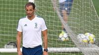 Pelatih Juventus asal Italia, Massimiliano Allegri. (AFP/Jewel Samad)
