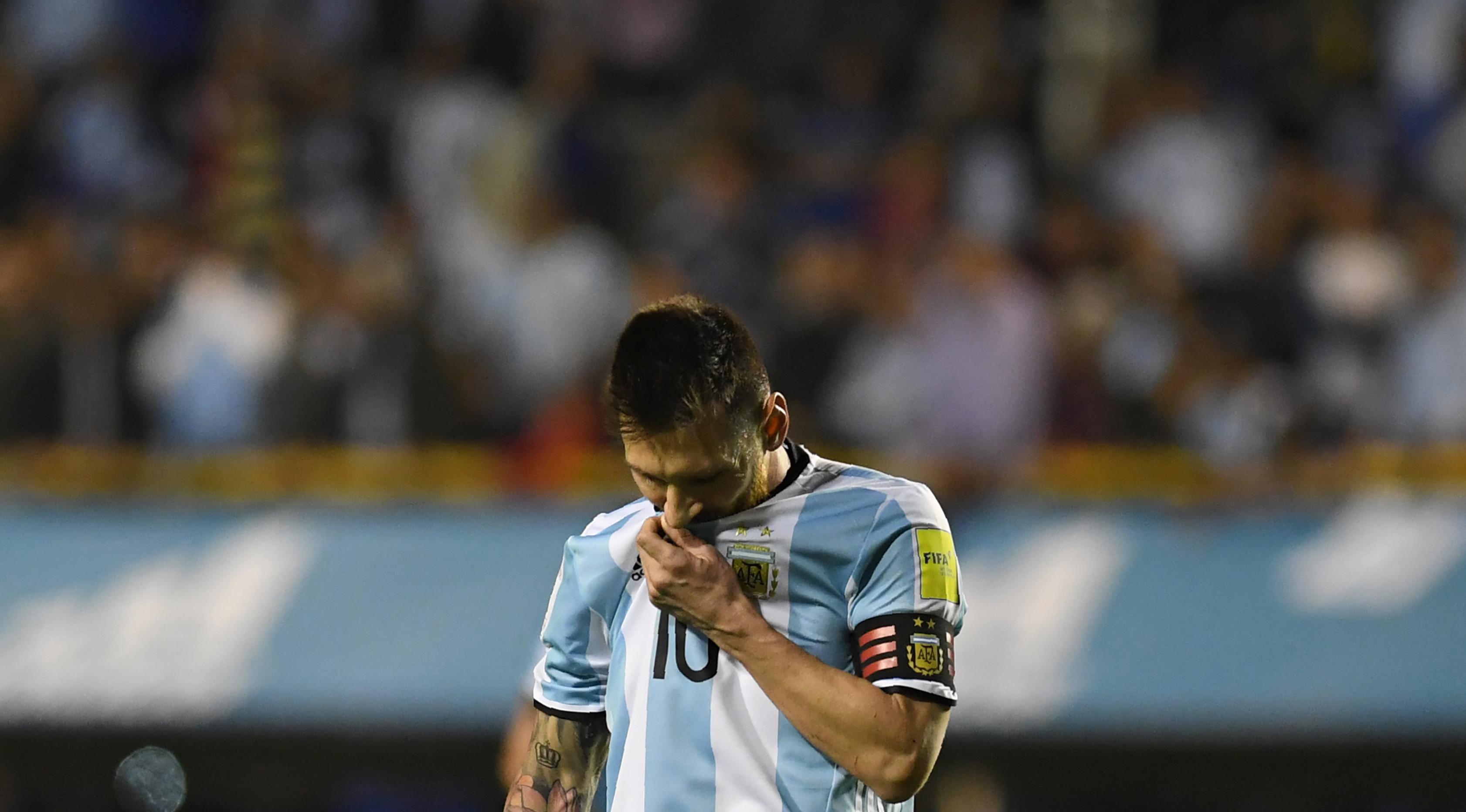 Ekspresi Kekecewaan Lionel Messi (AFP)