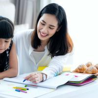 Cara Cerdas Dampingi Anak Belajar #diRumahAja, Biar Bebas Stres Selama Masa Karantina
