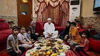 Ilustrasi keluarga menjalankan ibadah puasa (AP)