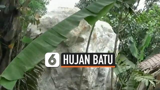 Polisi melakukan pemeriksaan terhadap tiga saksi terkait insiden hujan batu di Purwakarta. Hujan batu adalah hasil dari peledakan tamban yang menyebabkan beberapa rumah rusak.