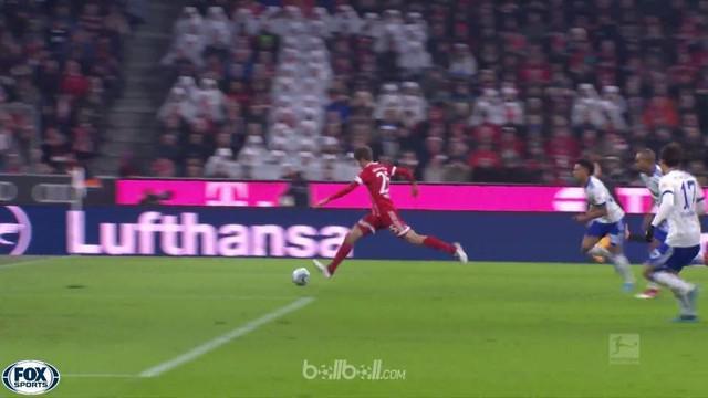 Bayern Munich kian mengokohkan posisinya di puncak klasemen Liga Jerman dengan menaklukkan Schalke 2-1 di Allianz Arena. Gol cepat...
