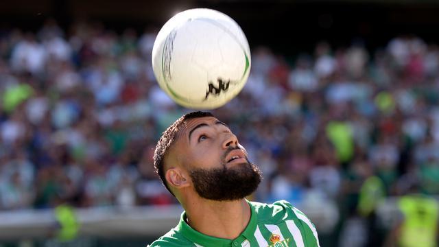 Sempat Diincar Liverpool, Nabil Fekir Resmi Berseragam Real Betis