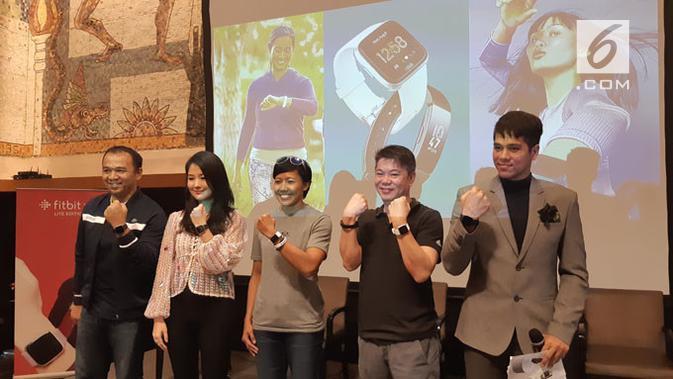 Peluncuran 3 produk teranyar Fitbit di Jakarta, Selasa (23/4/2019). (Liputan6.com/ Agustinus M. Damar)